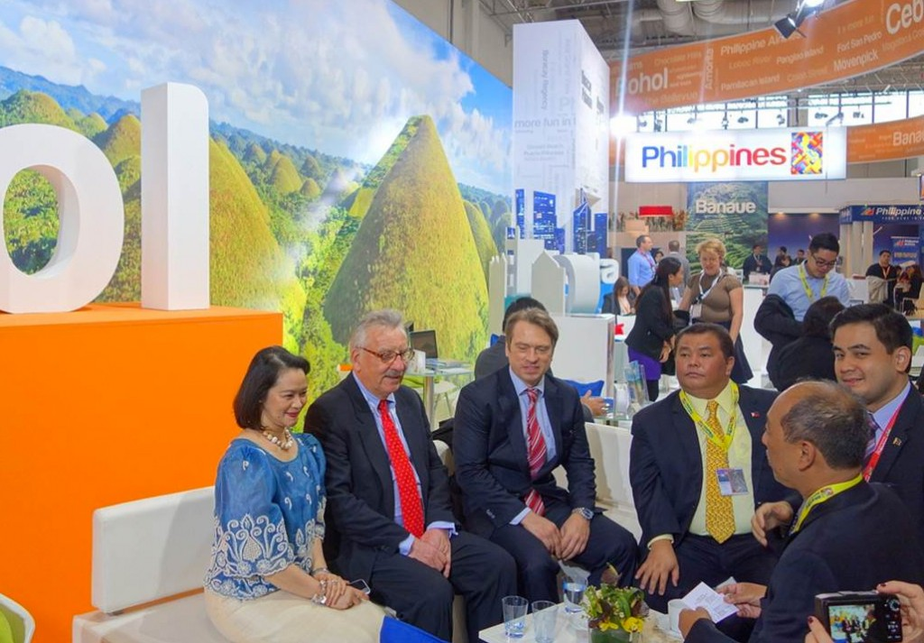 Philippine and German officials discuss how to strengthen tourism cooperation at the ITB Berlin.