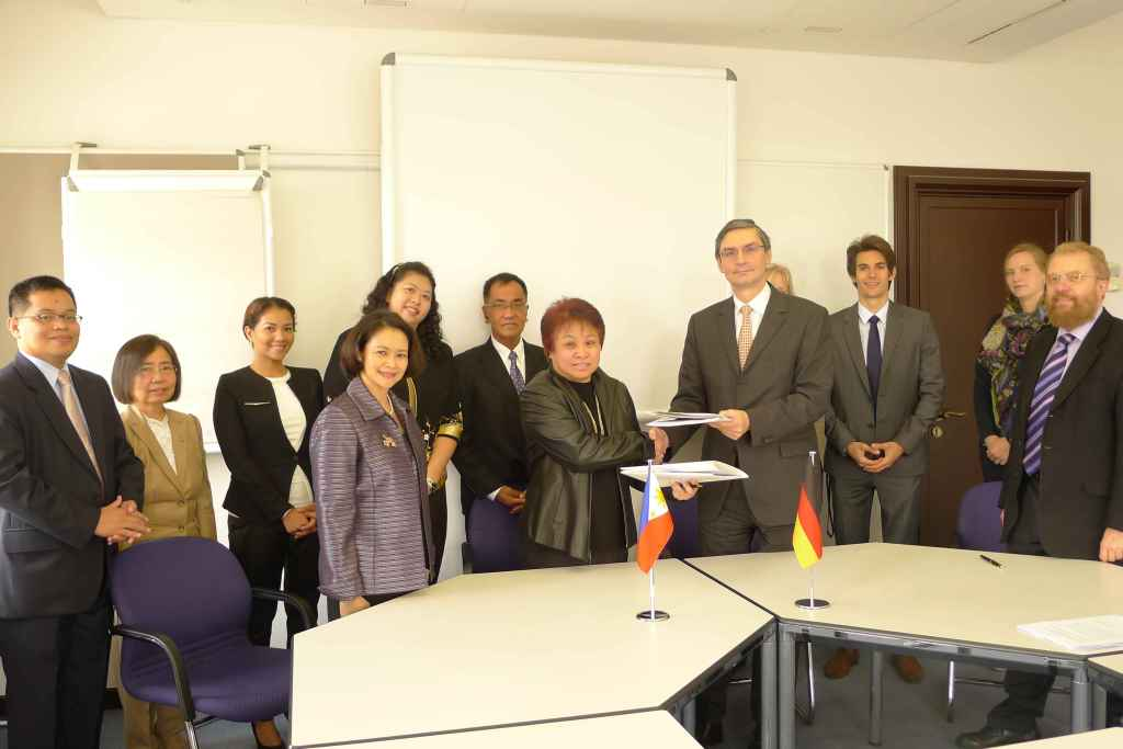 The Philippine and German delegations at the German Federal Ministry of Finance at the conclusion of the final round of negotiations on the new tax treaty.