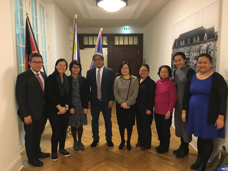 Ambassador Sta. Maria-Thomeczek (middle) with Mr. Constantino (4th from left), Embassy officials and members of the Filipino community.