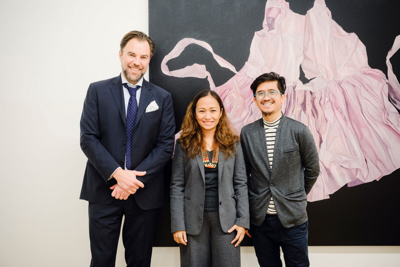 Filipino visual artist Marina Cruz is flanked by her husband, fellow artist Mr. Rodel Tapaya (right) who has his own exhibition at Galerie Stadt Sindelfingen in Stuttgart and gallery-owner Mr. Matthias Arndt