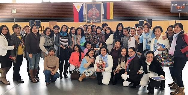 Members of the Filipino-German community in Bayreuth