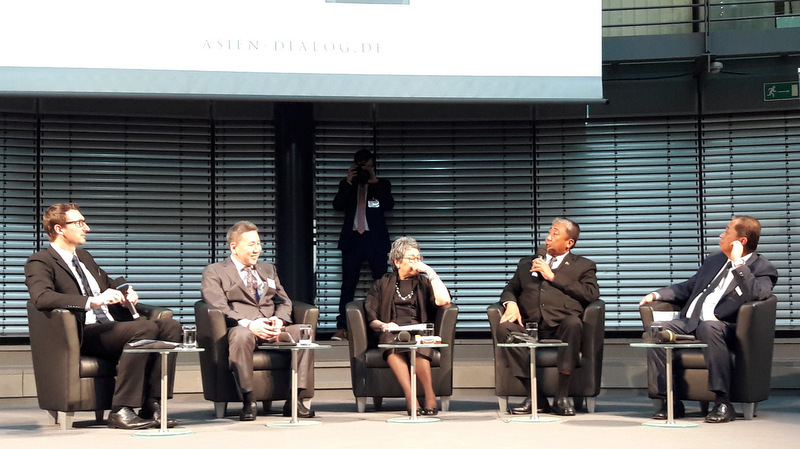 The Secretary engages the audience at the ASEAN Insights and German-Asian Business Dialogue