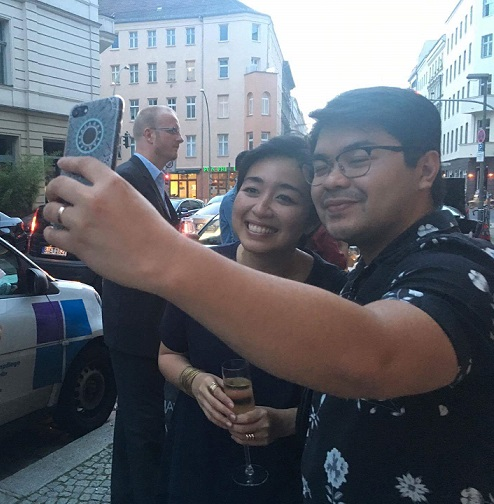 Guest takes a selfie with Armi of Up Dharma Down