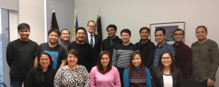 "PHL HONORARY CONSULATE IN STUTTGART WELCOMES 14  NEW ""TRIPLE WIN"" FILIPINO NURSES"