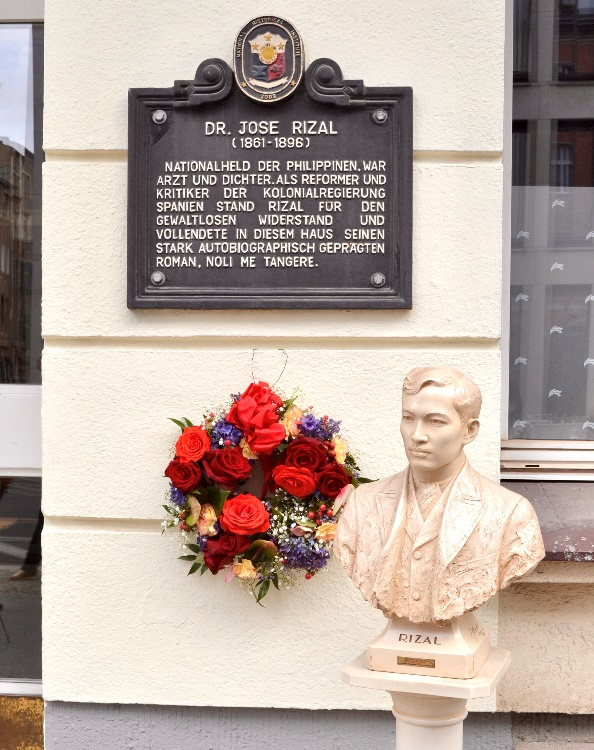 PHILIPPINE EMBASSY IN BERLIN PAYS TRIBUTE TO  THE LIFE AND WORK OF DR. JOSE RIZAL